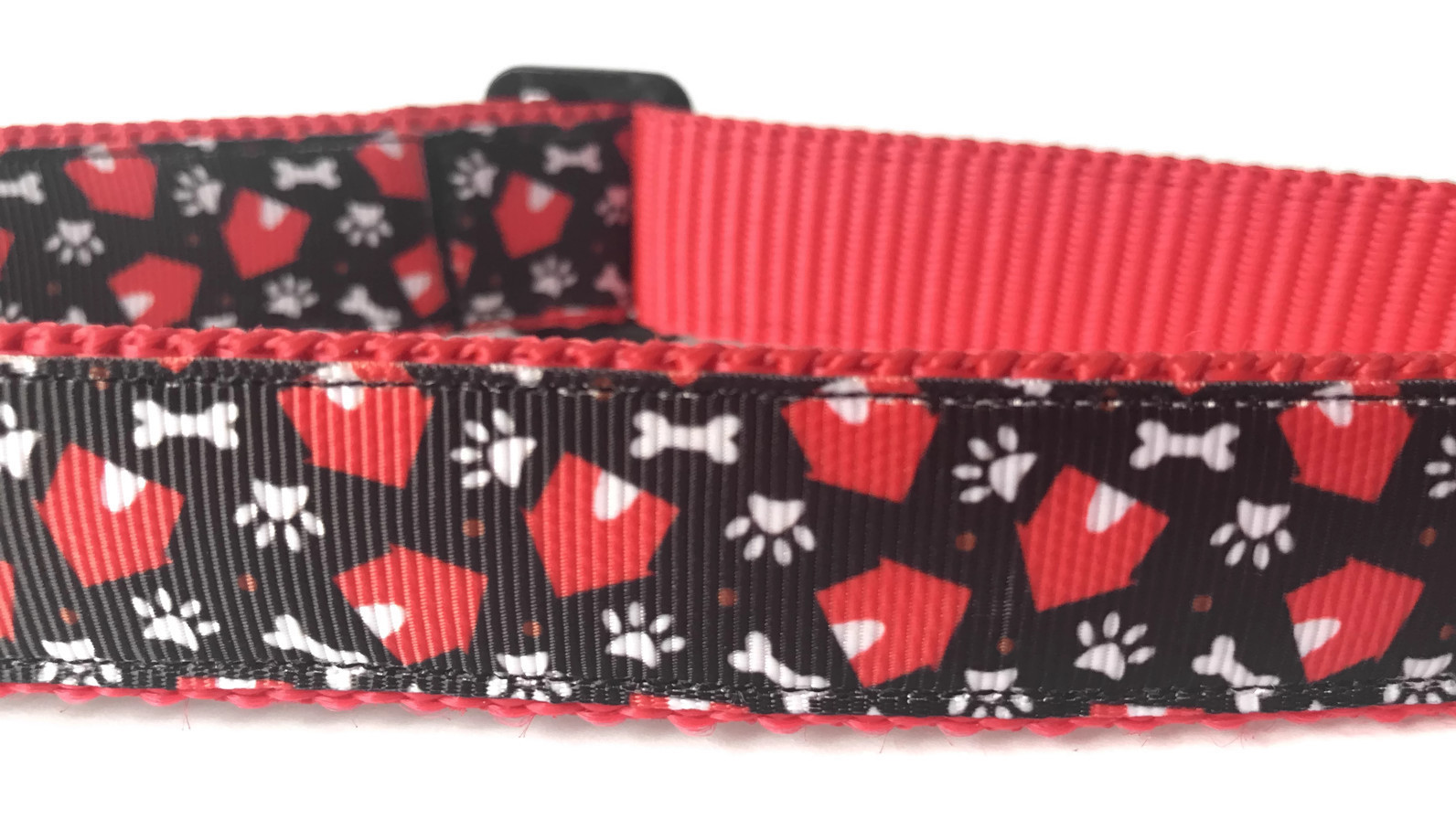 In the Dog House Collar Giveaway